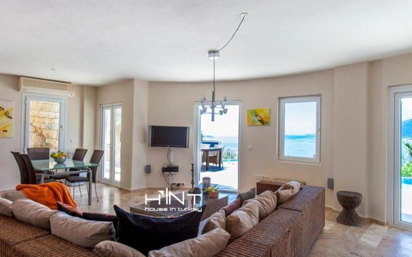 5 Bedroom Luxury Villa With Amazing Sea View